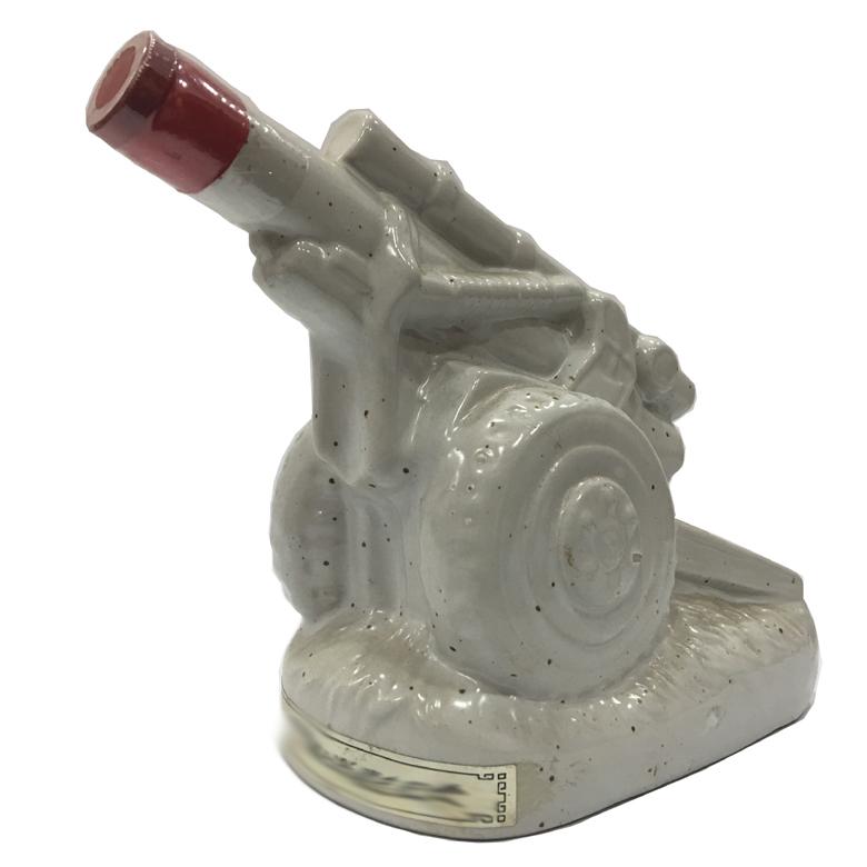 金门纪念酒26周年 白瓷炮造型瓶 台湾陈年老酒 金门高梁(无盒)